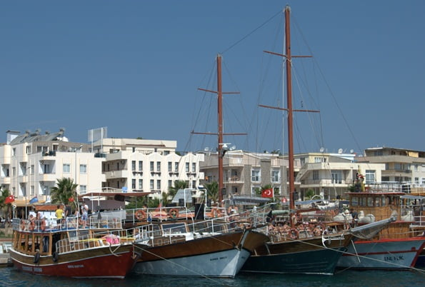 Altinkum Harbour