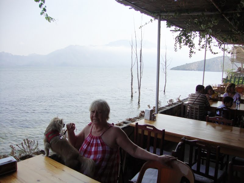 Bafa Lake restaurant