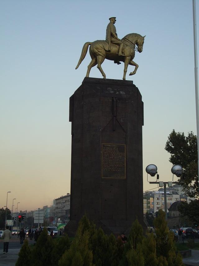 Ataturk Statue Kayseri