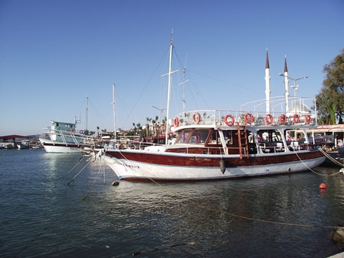 boats of turgutreis