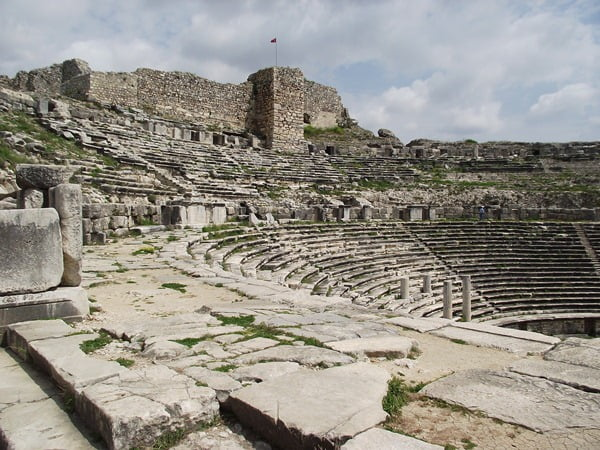 Miletus Ruins in Turkey : Photos and Travel Information guide