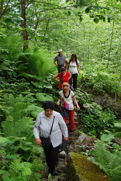 Walking with the group to Goksu waterfall