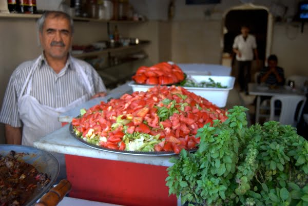 Food shop, Turkey. From Expert Shares Tips on Traveling to Turkey