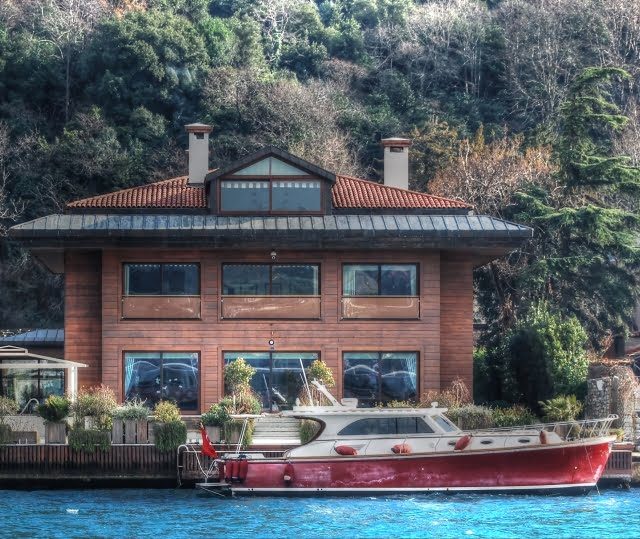 Luxury property on bosphorus