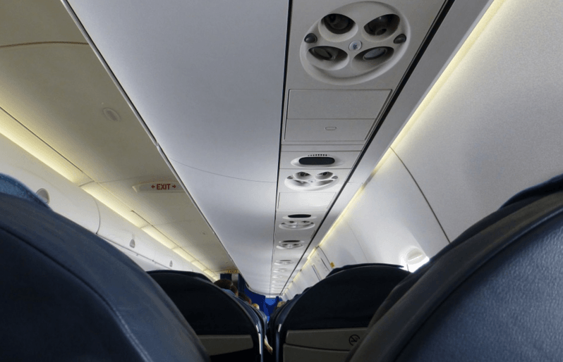 Airplane Etiquette and Behaviour