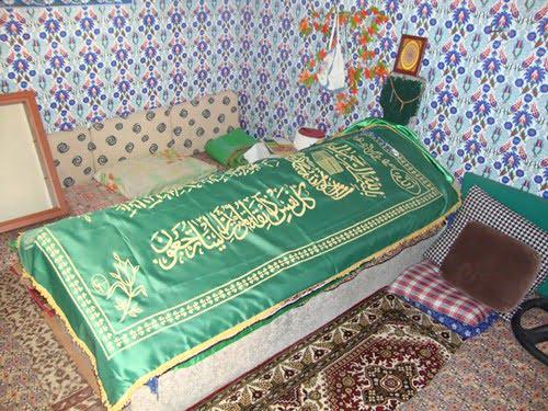 tomb in soke