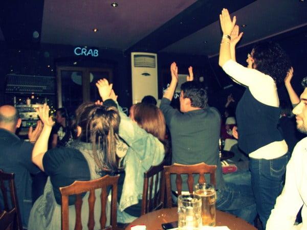 Crowd at Crab bar