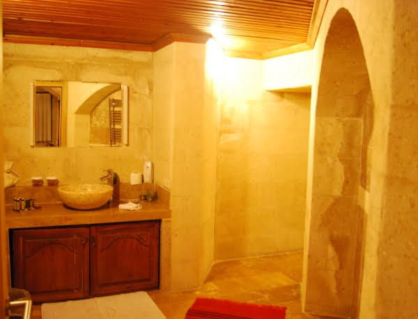 Bathroom of the Taskonaklar hotel