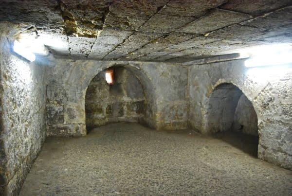 Deyrulzafaran cellar room
