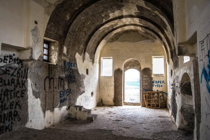 Yuksek monastery